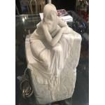 Lampada in porcellana Donna che medita